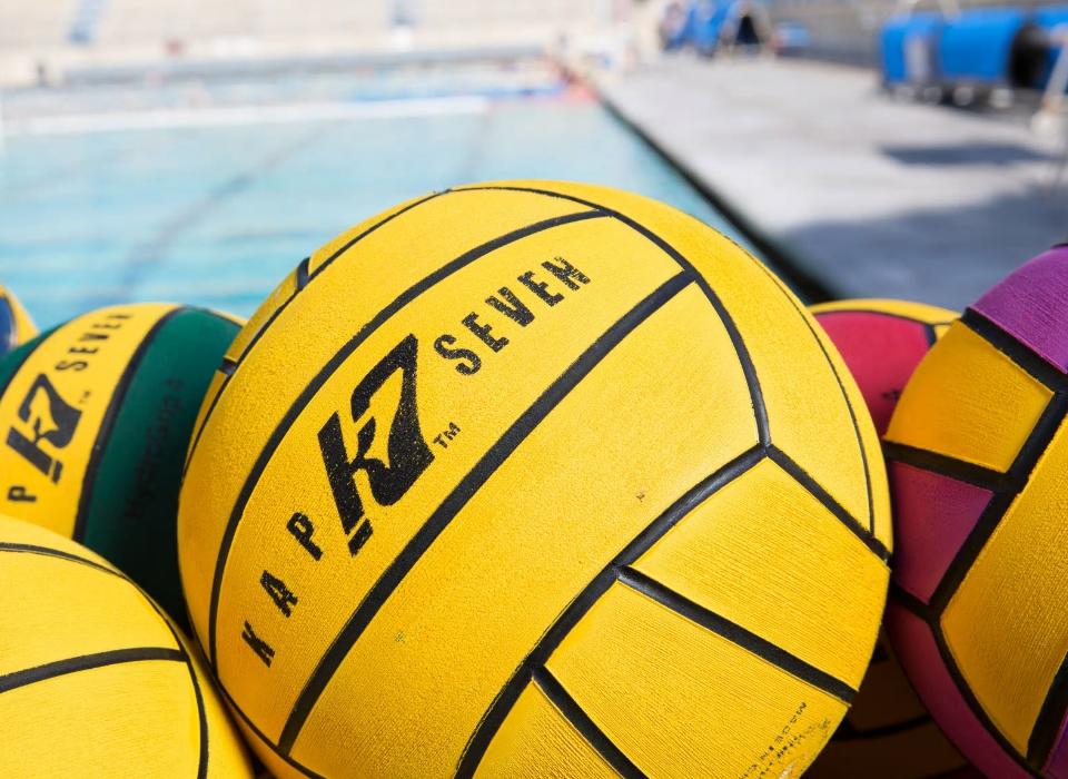 Waterpolo Badpak Kopen.Waterskin De Totaalleverancier Voor Alle Zwemverenigingen Voor De